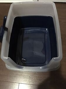 Brand New Open Top Litter Box with Shield and Scoop,Navy Blue
