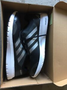 Adidas Duramo never used running shoes size 13