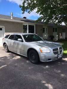 2007 Dodge Magnum, $1500 As is. Obo