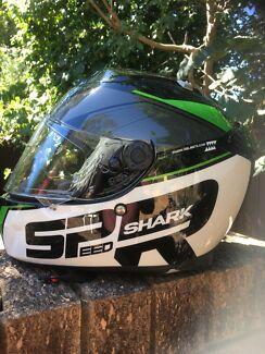 Shark SPeed -r sauer Motorbike helmet