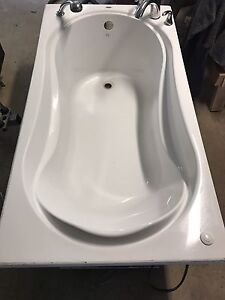 Maxx Air Tub With Faucet - REDUCED PRICE TO $350 OBO