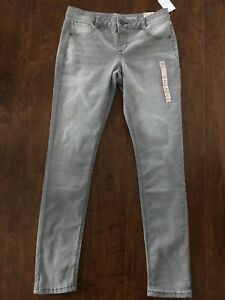 Brand New Jeggings—-size 16 Youth
