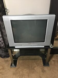 """32"""" Sony Trinitron TV with remote control and TV Stand"""