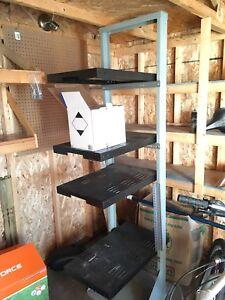 Tool shelf for free