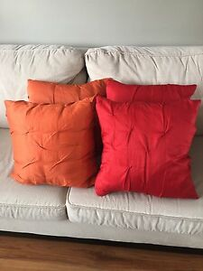 4 beautiful pillows for sale!!!