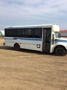 24 Passenger Shuttle Bus for Sale