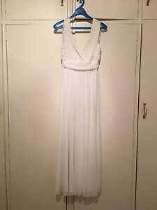 White Chiffon gown Brighton East Bayside Area Preview