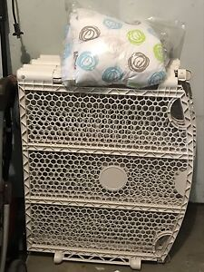 Indoor and outdoor safety baby play pen