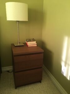 IKEA night Stand + lamp (malm)