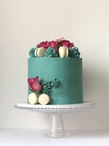Custom Cakes & mini desserts