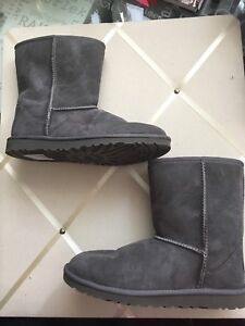 Grey UGGs size 7 Classic