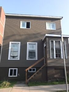 3 Bedroom Downtown DAL SMU *All Included* *Free Wifi* *May 1*
