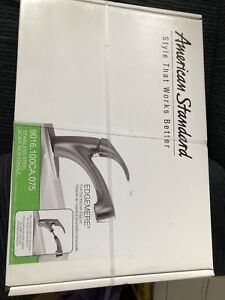 American Standard - Pull-Out kitchen Faucet brand new in box