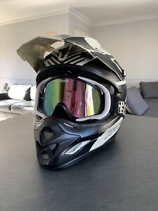 Scooter and Motorcycle Helmet Size Medium