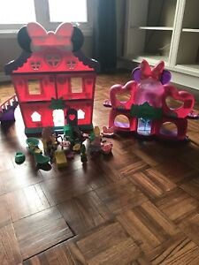 Minnie mouse bow sweet home and shopping mall with accessories
