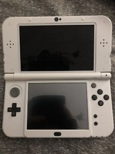 Fire Emblem New Nintendo 3DS SE with 16 games