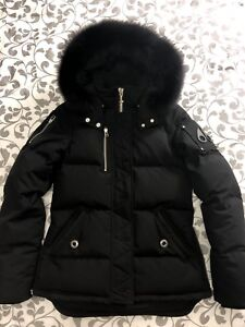 WOMENS MOOSE KNUCKLES 3Q JACKET SIZE SMALL