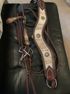 Bridle and tipping collar