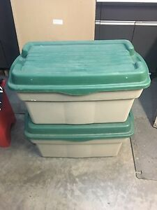 Rubbermaid Hinged Top Tote 114L
