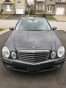 Mercedes Benz E300 4matic fully equipped with warranty