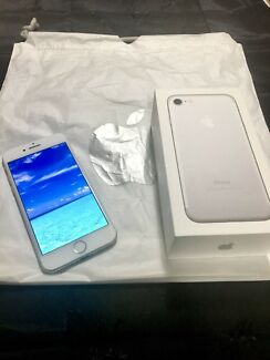 iPhone 7 256gb - Original packaging Unlocked. Silver Perfect condition
