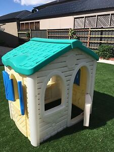 kids cubby house Derrimut Brimbank Area Preview