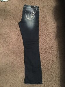 Womans Jeans size 31. Like new!