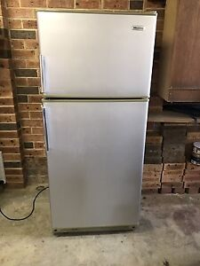 Fridge Kincumber Gosford Area Preview