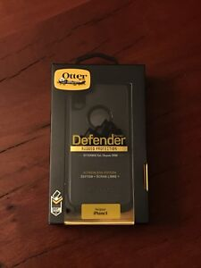 OtterBox Defender for iPhone X - Black *NEW*