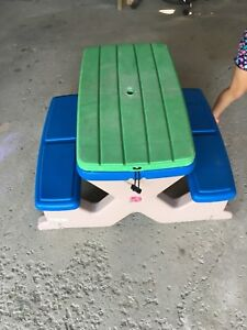 Step2 picnic table