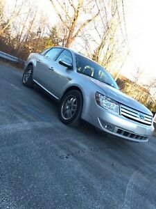 2009 Ford Taurus AWD winter is here