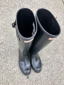 LADIES HUNTER BOOTS - Matte Black + BRAND NEW CONDITION
