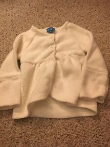 Cute children's place sweater size 4
