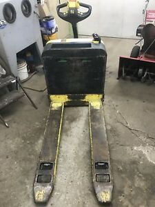 SOLD Hyster W40z electric pallet jack