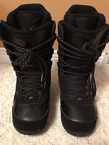 RIDE DONNA Women's Size 8 Snowboard Boots
