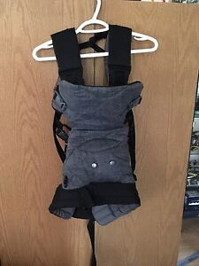 Baby carrier 30$