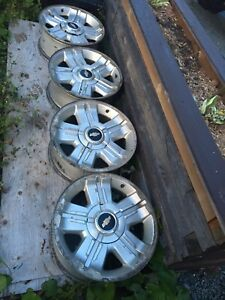 "5 18"" 6 bolt chev rims"