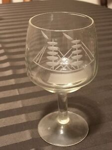 Ship themed decanters and glasses