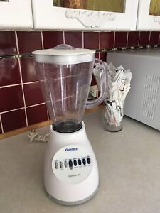 Osterizer by Oster blender 10 speed