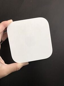 Apple Airport Express Wifi Router