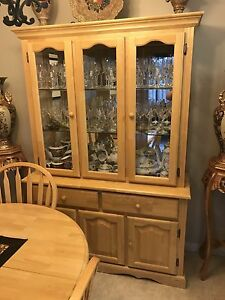 Kitchen Table and Matching China Cabinet