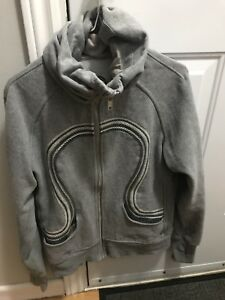 Size 10 lululemon cuddled up hoodie.