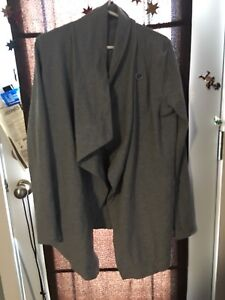 Lulu lemon lot pants size 8 jackets size 10