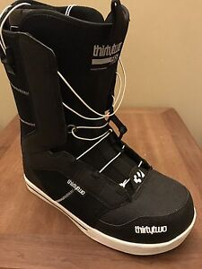 THIRTY TWO SNOWBOARD BOOTS!