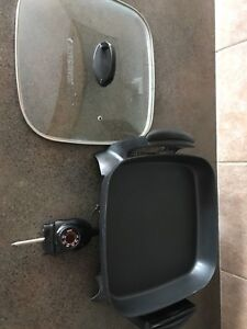 Black and Decker Non Stick Electric Frying Pan