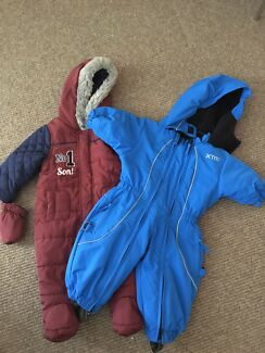 Winter baby size 0 snow suits xtm and mittens onesie x2