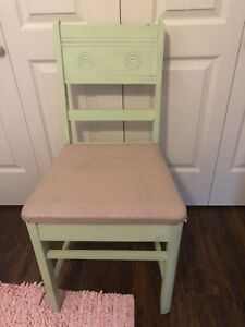 Solid wood desk (distressed look)