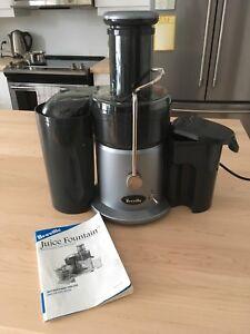 Breville Juicer - model JE900