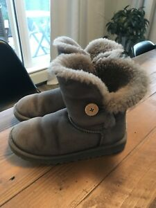 UGG Winter Boots - authentic Youth size 4