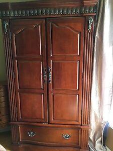 Massif Wood bedroom furniture